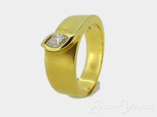 585er Ring mit navettem Brillant (425)